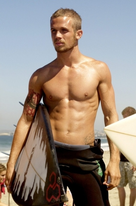 Cam Gigandet... seriously just propose already