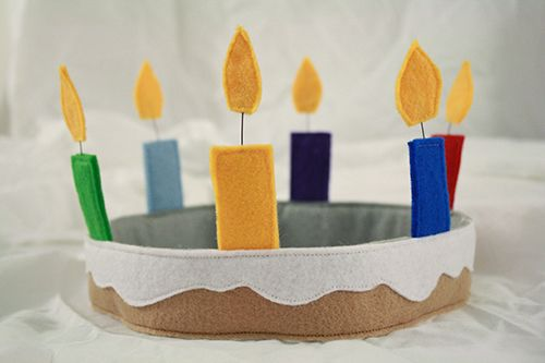 How to make a felt birthday cake crown!