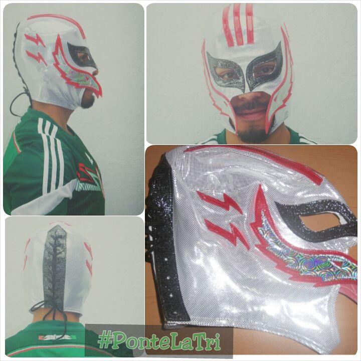 Máscara semiprofesional coleccionable de la Selección Nacional de #Mexico, diviértete durante el #Mundial #Fifa #Brasil2014 #PonteLaTri #Futbol. http://articulo.mercadolibre.com.mx/MLM-449626117-mascara-de-luchador-de-la-seleccion-mexicana-de-futbol-_JM