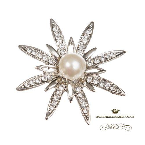 star pearl brooch www.bohemiandreams.co.uk