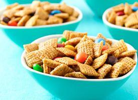Chex recipes- YEAH!: Crispy Chex, Corn Syrup, Brown Sugar, Mixed Recipe, Caramel Chex, Chex Recipes, Caramel Crispy, Chex Mixed, Baking Soda