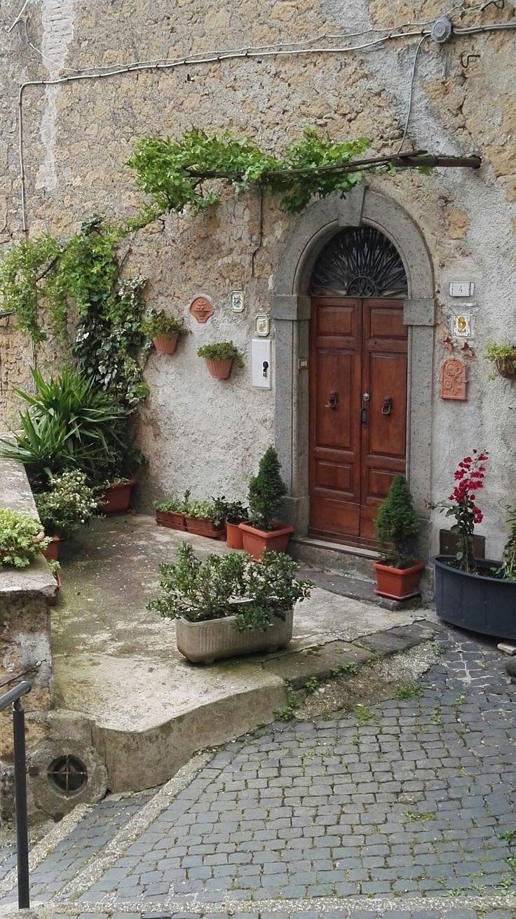 Porta di Caprarola