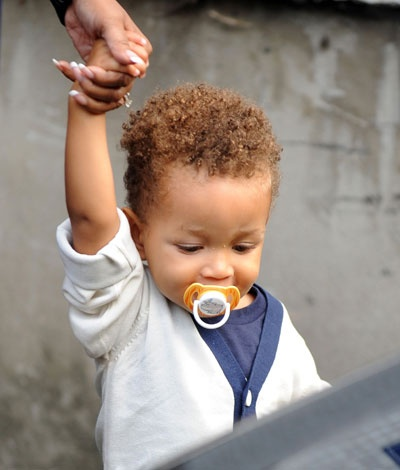 """Alicia Keys' Son Egypt Is The Newest Member Of The """"Celeb Babies I Love"""" Club"""