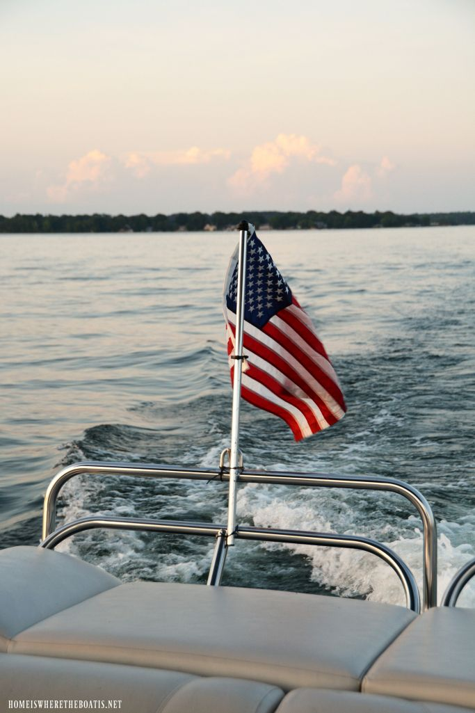 American Flag on Pontoon Boat | homeiswheretheboatis.net #LakeNorman #July4th #MemorialDay