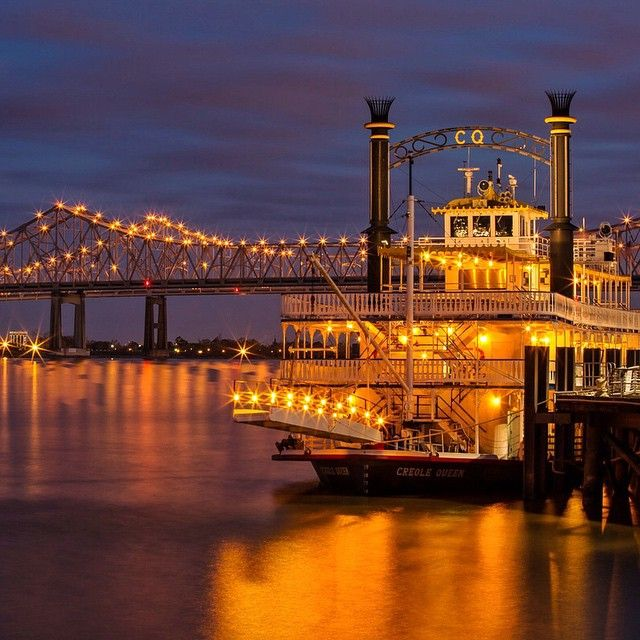We took a cruise on the Creole Queen but I think I prefer her from the shore. I just wish she were turned the other way for this shot, because what you don't see is the paddle wheel in the back. #NOLA #nightphotography #creolequeen #paddlewheel #mississippiriver