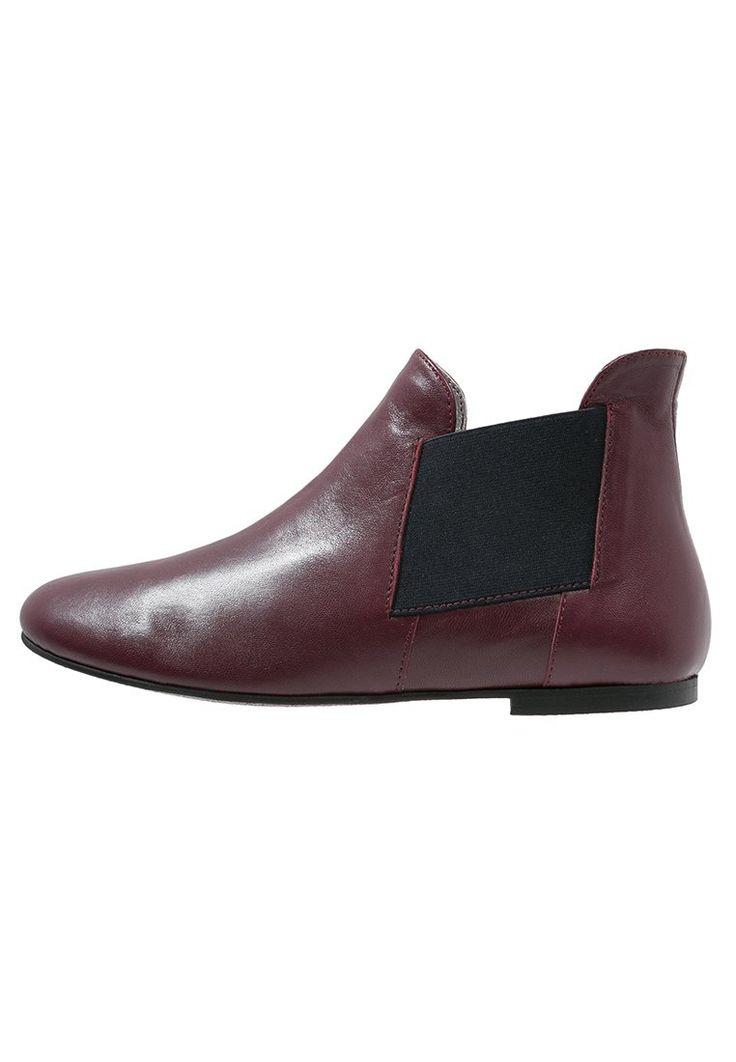 Ippon Vintage PEAL SHORT Ankle boot bordeaux 440.10zł #moda #fashion #women #kobieta #ippon #vintage #peal #short #ankle #boot #bordeaux #skóra #botki #sztyblety #damskie
