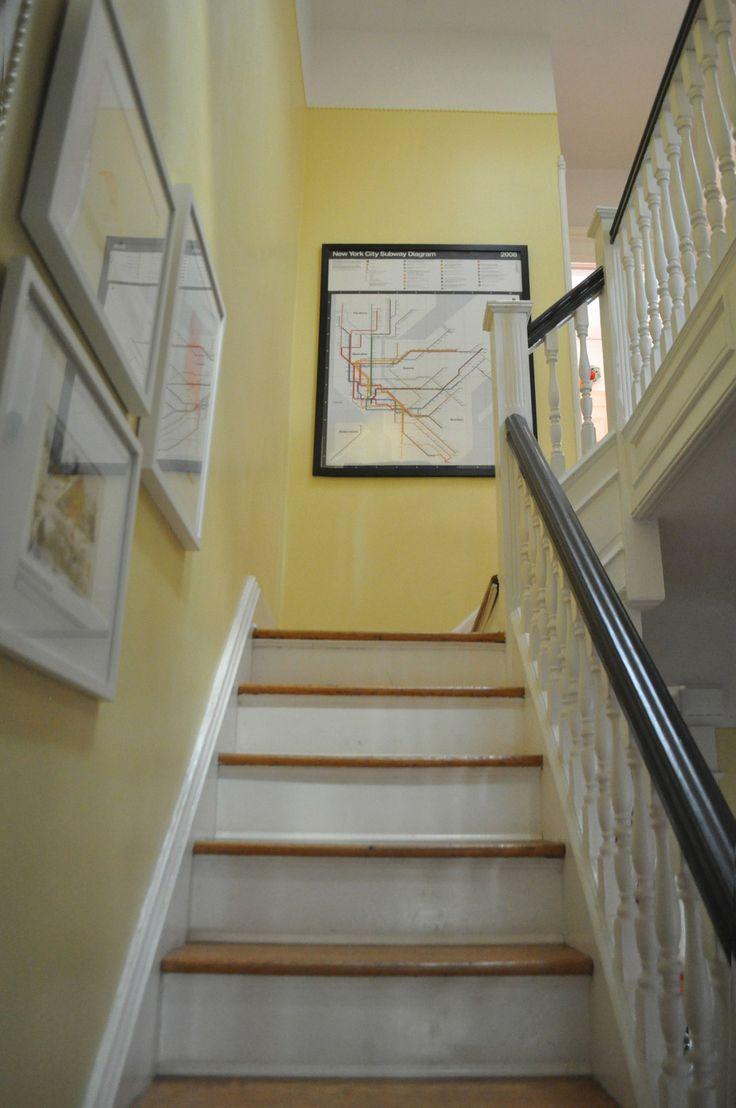 Pintura amarilla para el pasillo