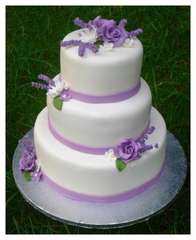 Svatební dort - Levandulový