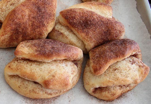 Bulkas (a/k/a Boolkes) are Cinnamon Buns,…….looking testy…