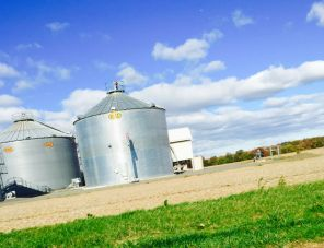 How to minimize a silo mentality in the workplace.  http://sociimedia.com/