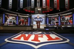 2016 NFL Mock Draft: Cleveland Browns Trade the No. 2 Pick