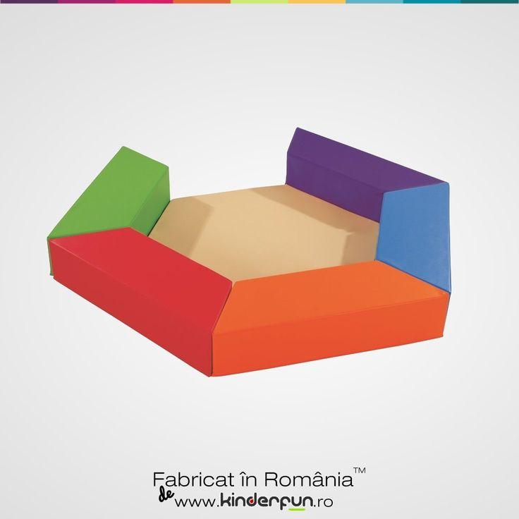 Multifunctional - Materialele moi si culorile aprinse vor da un aspect placut si util. Piscina cu bile modulara este formata din 8 elemente independente. Kinderfun™ Soft Play   Fabricat în România » www.kinderfun.ro