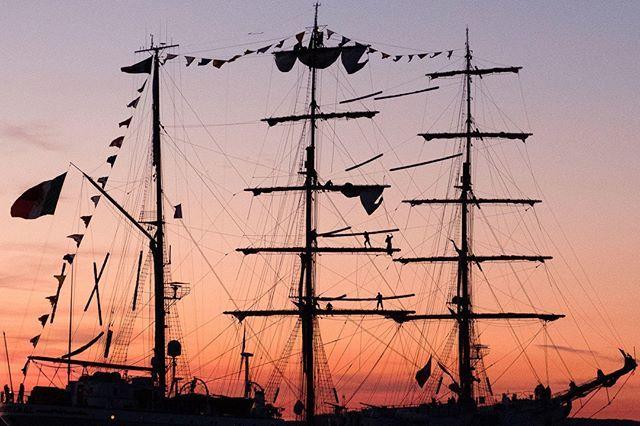Photo by Andris Kozlovskis   X-Pro2   XF16-55mmF2.8 R LM WR   F4   1/450sec   ISO6400  #fujifilm #xseries #xphotographers #xpro2 #sailingphotography #tallships #marine #sail #dawn