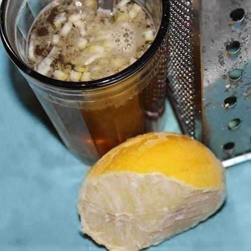 ЗАМОРОЖЕННЫЕ ЛИМОНЫ ПОЛЬЗА http://pyhtaru.blogspot.com/2017/02/blog-post_904.html  Замороженные лимоны - средство против рака!  Многие специалисты в ресторанах и кафе используют или потребляют весь лимон и ничто не тратится впустую. Как вы можете использовать весь лимон без отходов? Просто!  Поместите промытый лимон в морозильную камеру вашего холодильника. После того, как лимон заморожен, возьмите терку, натрите весь лимон (не нужно чистить его) и посыпьте им ваши блюда.  Читайте еще…