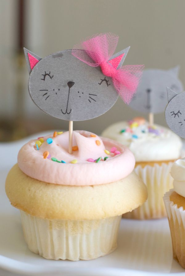 DIY Kitty Cupcake Topper and like OMG! get some yourself some pawtastic adorable cat apparel!