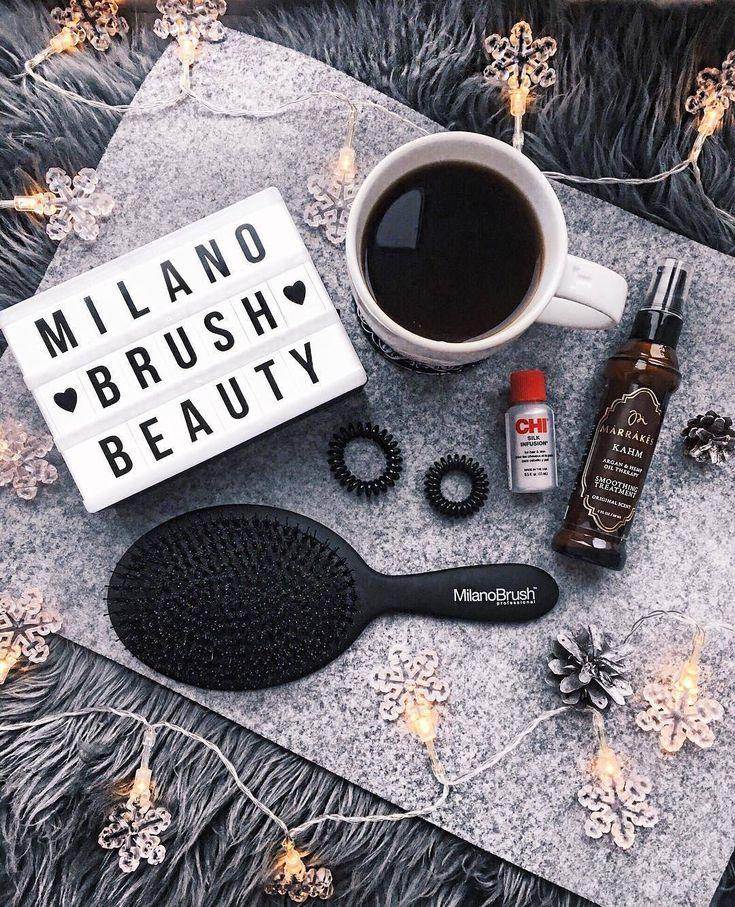 This is the right way to do your morning according to @mondayjazz and we are loving it! ❤️ #girlboss #boss #womenempowerment #businesswoman #availablesoon #milanobrush  #professional #haircare #hairstylist #fashion #style #black #hairbrush #brush #beauty #hair #flatlay #blackandwhite #monochrome #christmastime #christmas #instastyle #shopaholic #gooddeal #photo #instagood #instadaily