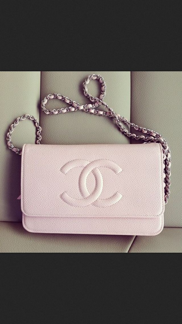There are 3 tips to buy this bag  purse light pink light pink purse chanel  chain pink dusty pink cute chanel black. b9853a2c76