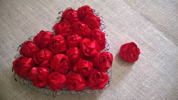 D.I.Y. Satin Rose Tutorial - Valentine's Day Heart