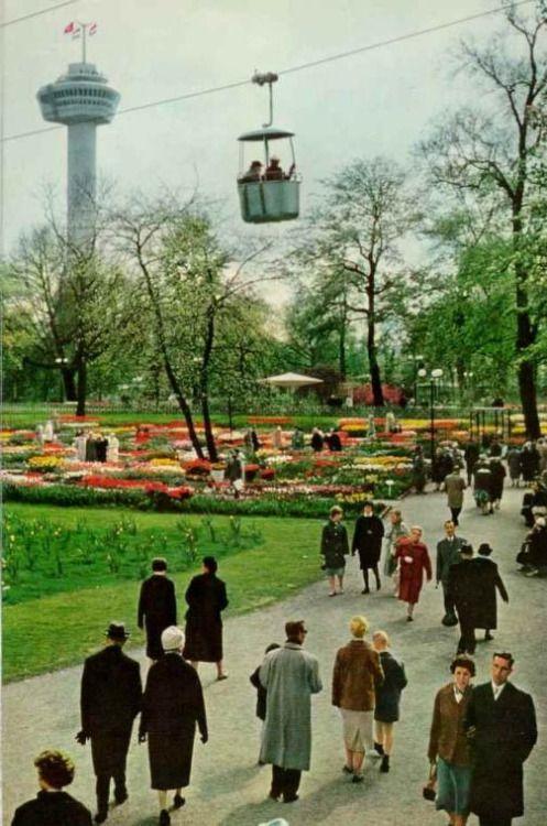 Euromast (Eurotower) Rotterdam, the Netherlands 1960. Floriade, 25 maart t/m 25 september.