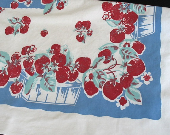 Vintage Kitchen Tablecloth Strawberries Have One Like This That Was My Mother S Shabby Chic Tablecloths As