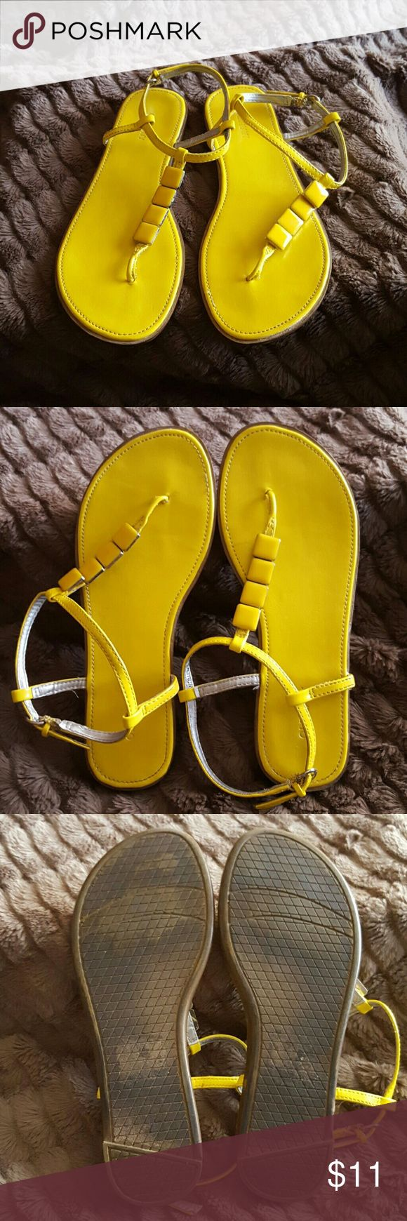Old Navy Yellow Sandals Pretty Old Navy sunshine yellow sandals. Have cute little square gems on them. Gently used, only used a couple times. Size 6. Old Navy Shoes Sandals