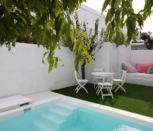 Casa con jardín y piscina privada en Barcelona