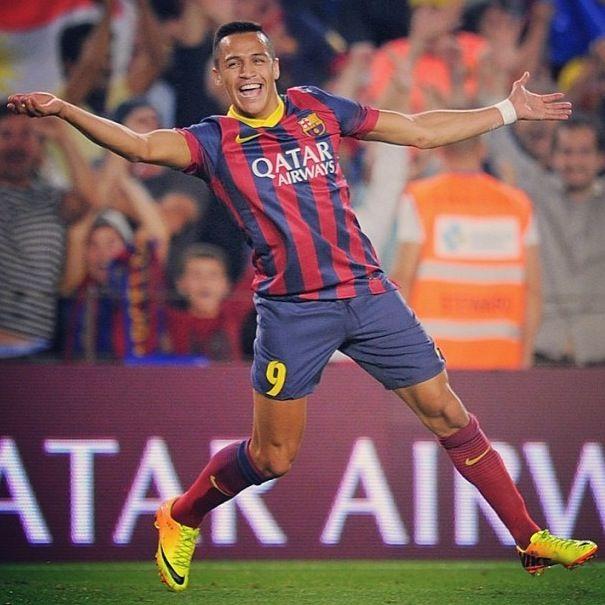 Alexis Sanchez after scoring the amazing goal vs Real Madrid FC Barcelona El Classico 2013