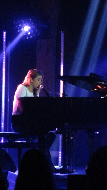 Louane Emera - #RadioAlouette #Musique #Chanteuse