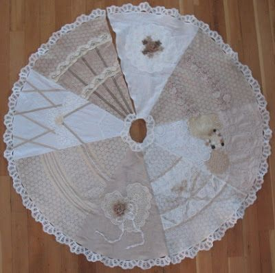 Shabby chic Christmas Tree Skirt