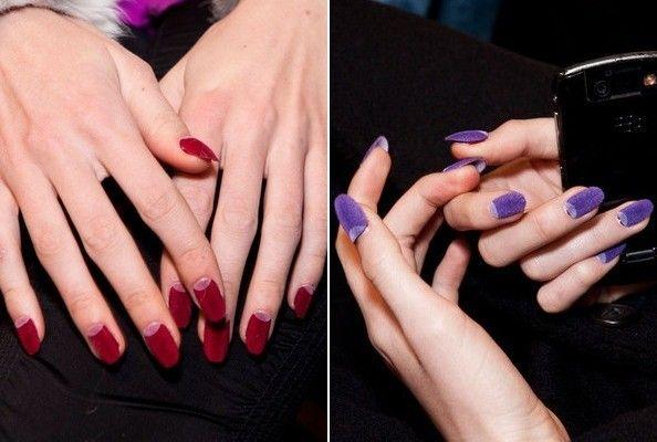 Unhas de veludo. Velvet nails.