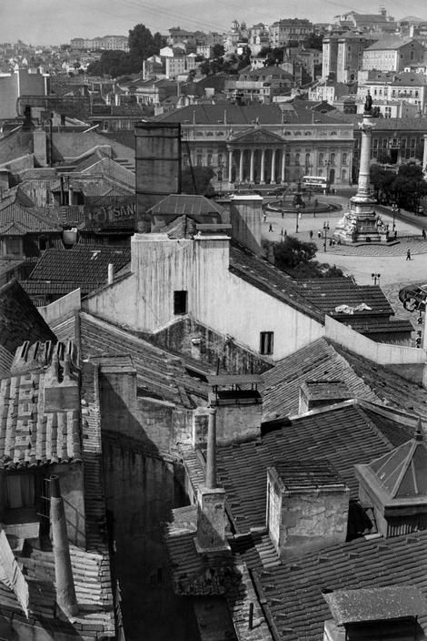 Henri Cartier-Bresson PORTUGAL. Lisbon. 1955. The Rossio Square with the Maria II Theatre and the Monument to King Peter IV