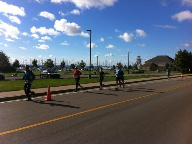 What a BEAUTIFUL day to run for the 2012 Oakville Half Marathon.
