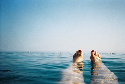 Why not shoot your next vacation from your legs' perspective? We like the way Jacinta Moore thinks.