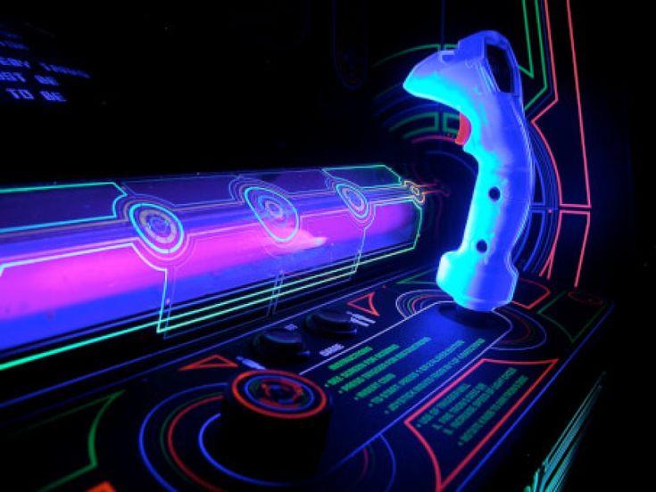 The Golden Age of the Video Game Arcade : 1982. Tron. The Blogging Musician @ adamharkus.com