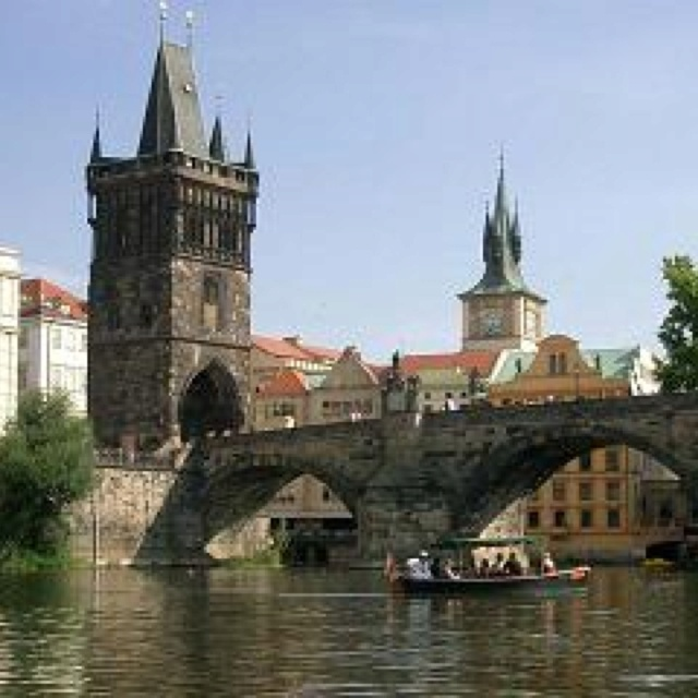 Charles Bridge @ Prague... Fell in love with this beautiful city!!