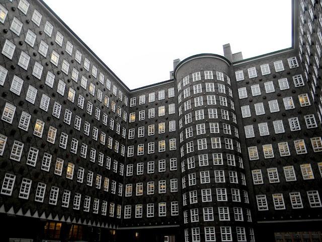 hamburg: Chocolates Trifles, Stadt Hamburg, Inspiration, Germany Hamburg, Hamburg Germany, Mein Hamburg, Hamburg Und, Hamburg Hamburg, Hamburg Cakes