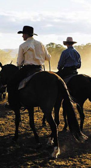RM Williams dressed stockmen in the outback • Adelaide's icons