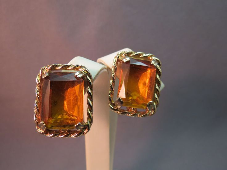 VTG Sarah Coventry Wild Honey Earrings Gold Plated Amber Glass Crystal Stone 70s #SarahCoventry #ClipOn