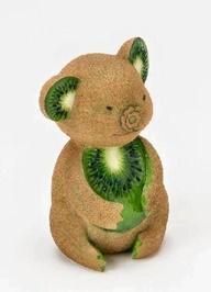 Kiwi Bear - Food Art. Cute