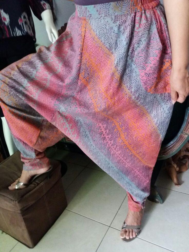 harem pants or blommy pants