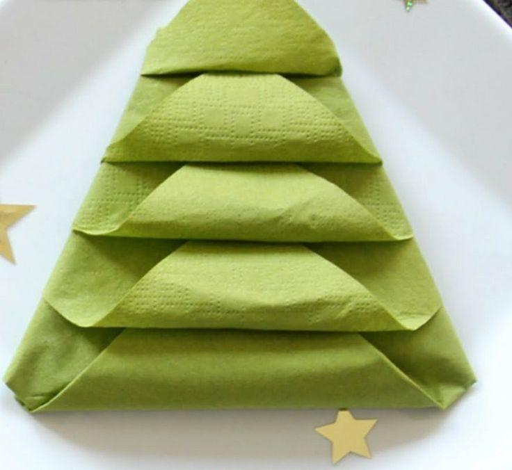 die besten 25+ servietten falten weihnachtsbaum ideen auf, Innenarchitektur ideen