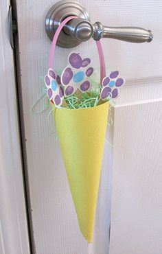 construction paper may baskets | Kids Crafts, Games, Recipes & Activities For Early Childhood Education ...