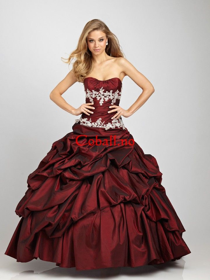 Appliquesd and Ruched Bodice and Pick-up Taffeta Skjært Ballkjoler