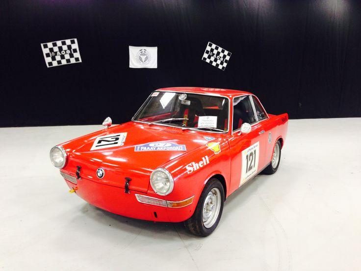 BMW 700S 1960 0.7L Flat-2, 4-speed