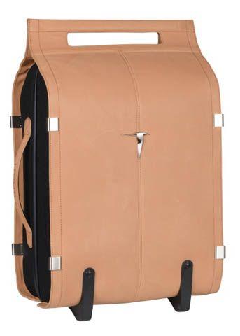 Valise: Décembre 2013 - Valise trolley, Kategatt. DR / Suitcase: December 2013 - Trolley suitcase, Kategatt. DR @plumevoyage     www.kategatt.fr #valise #suitcase #voyage #travel #plumevoyage #trolley #kategatt