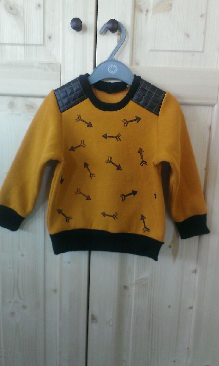 handmade # la maison victor # boy leather sweater # arrow stamp