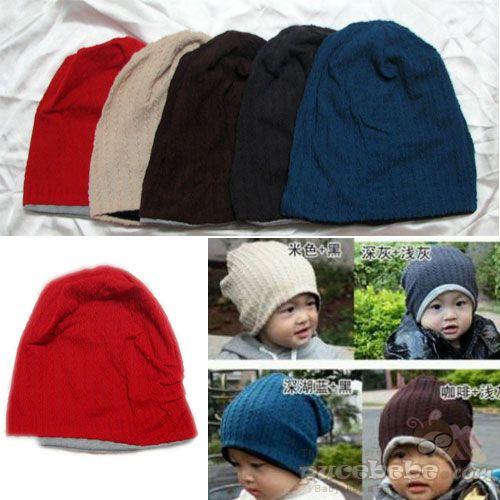 Topi Kupluk. bagian dalamnya kaos katun, jadi adem dipakai baby dan gak gatel. Bisa juga di pakai bolak balik. harga Rp28rb