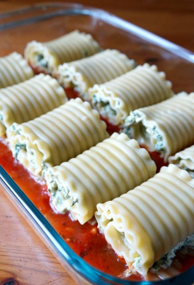 Kale Lasagna Rolls   tomatoboots.co   #kale #lasagna #healthy