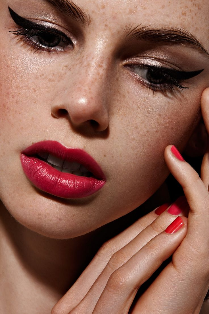 32 Consejos de maquillaje que nadie Told You About (Con Fotos)