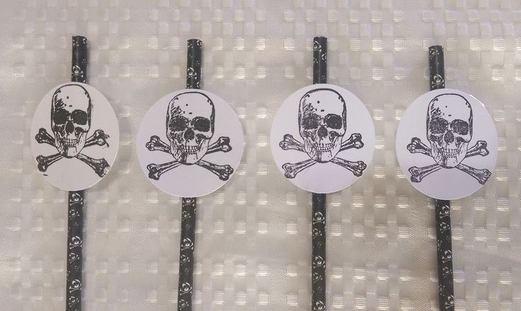 Pirate Straw Scull and Cross Bone 20 Black Skull Design Straws Limited edition